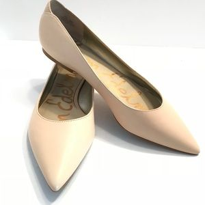 Sam Edelman Rae Nude Leather Pointed Flats